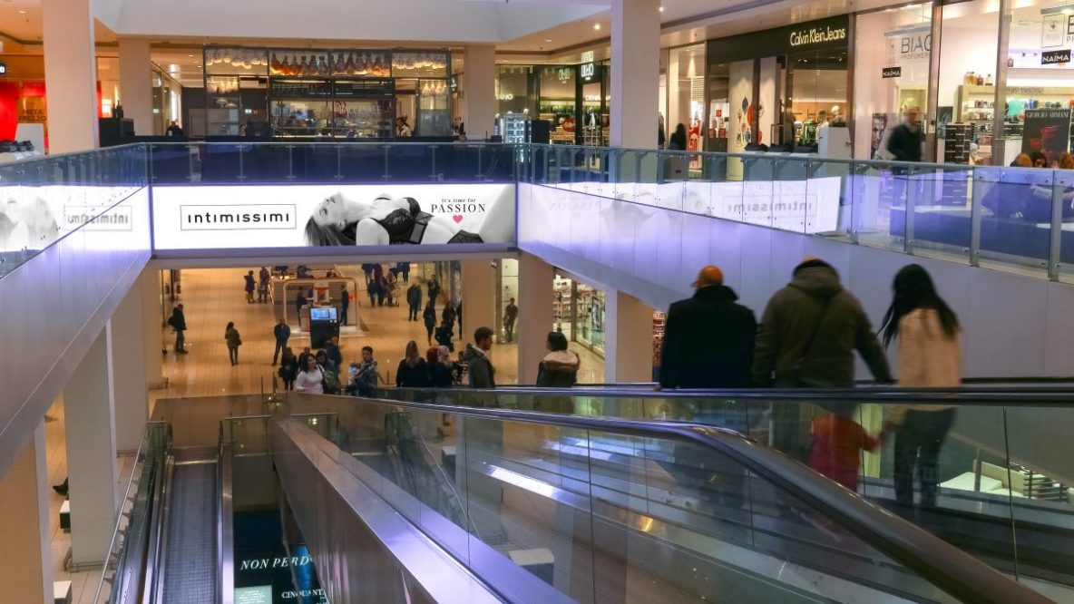 Digital ad campaigns in malls